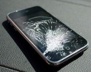 Замена стекла iPhone 3GS