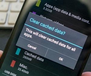 Как на смартфоне почистить кэш?