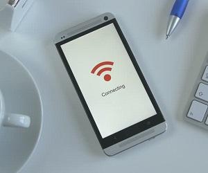 Почему на телефоне не включается Wi-Fi?